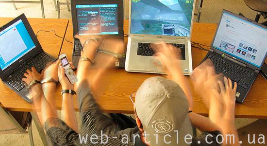 Опытный веб-программист за работой