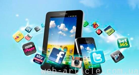 планшет и смартфон для социальных сетей