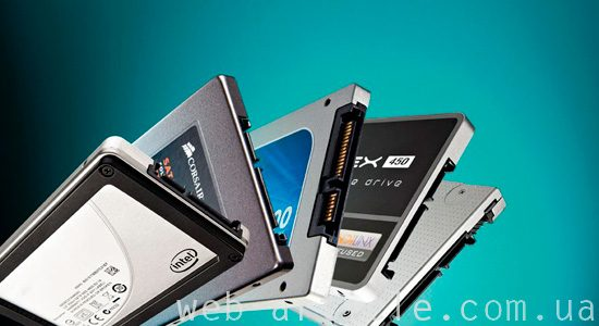 твердотопливный SSD-накопитель